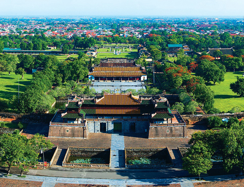 travel to hue