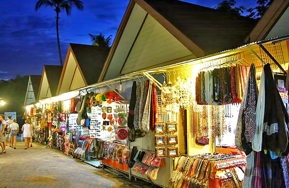 shopping in Phi Phi