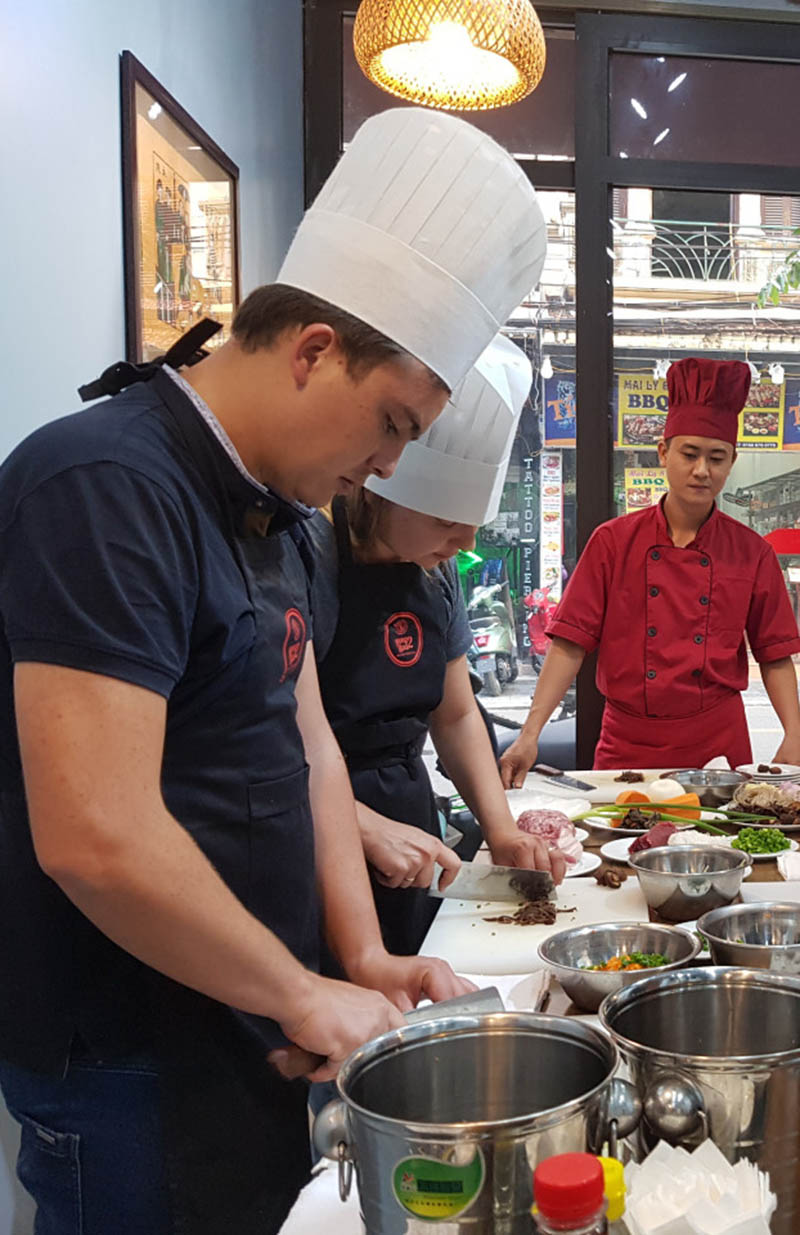hanoi cooking class with traditional vietnamese food