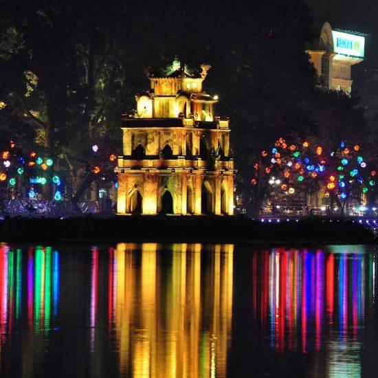Tour Hanoi